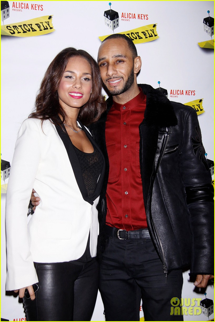 alicia keys swizz beatz stick fly red carpet 072608492