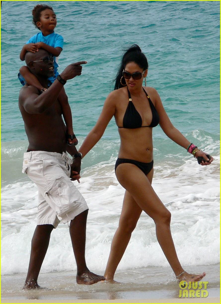kimora lee simmons bikini st barts 13