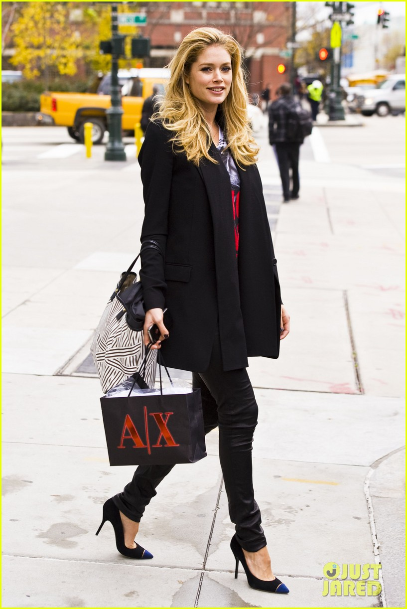 doutzen kroes armani exchange 13