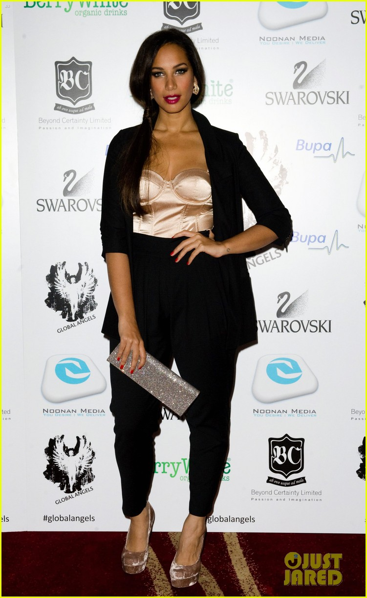 leona lewis global angel awards 012606174