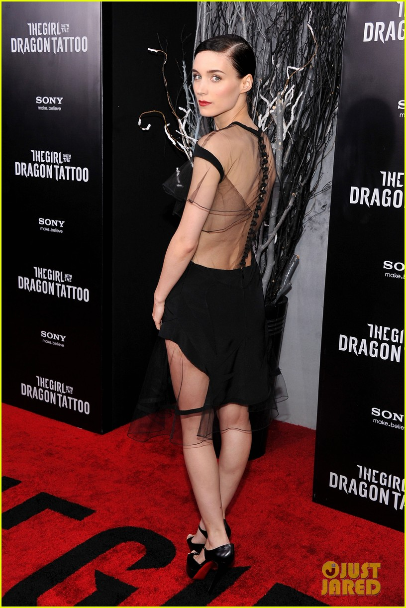 rooney mara daniel craig dragon nyc 03