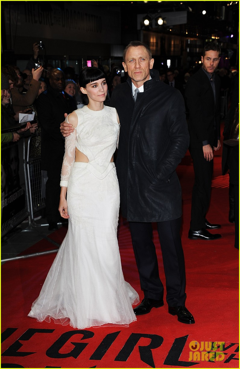 daniel craig rooney mara dragon tattoo premiere london 03