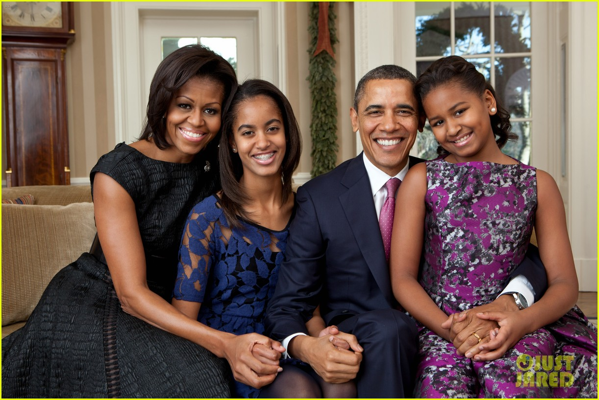 obama family portrait2610179
