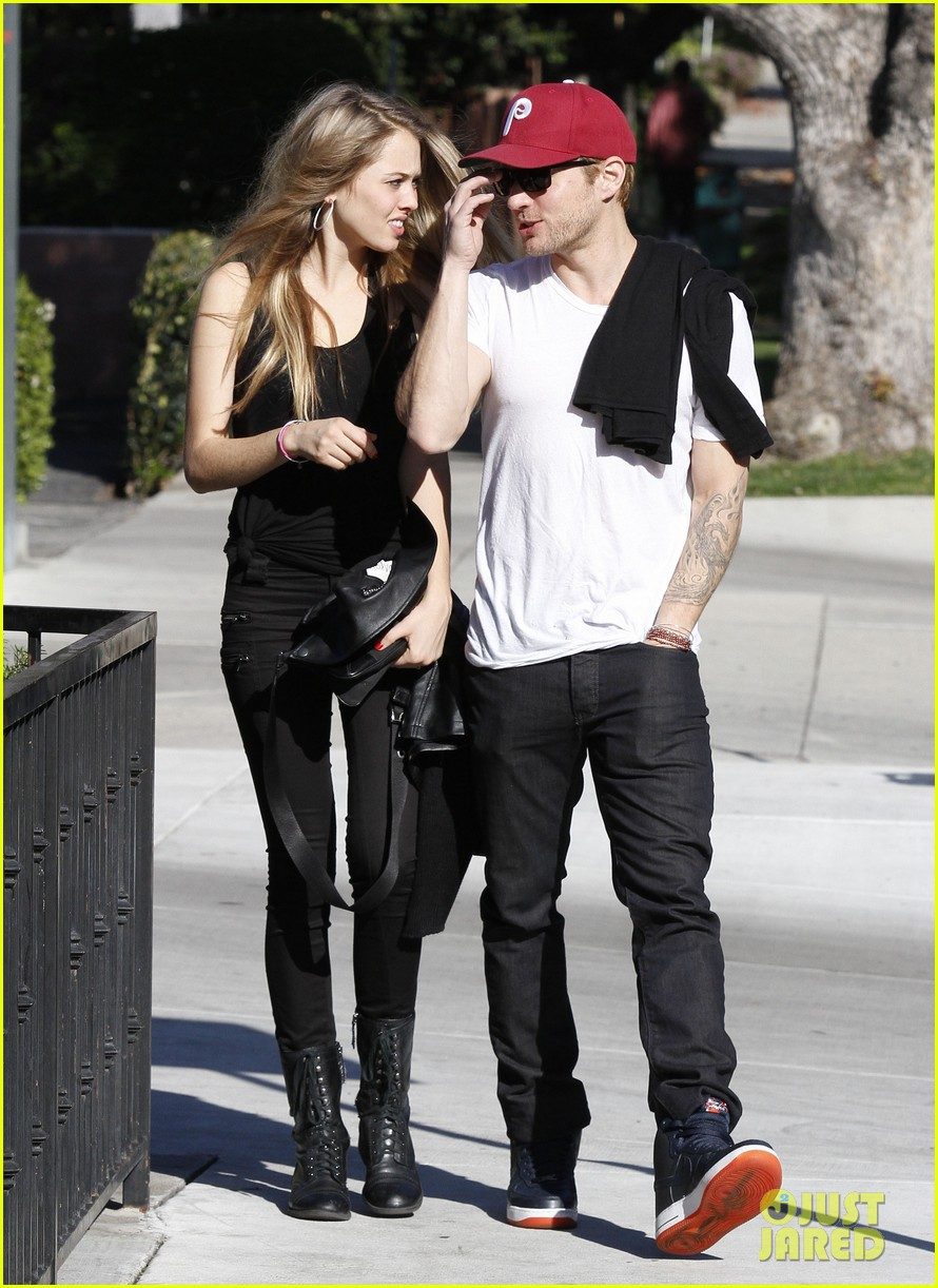 ryan phillippe lunch mystery gal 082612103