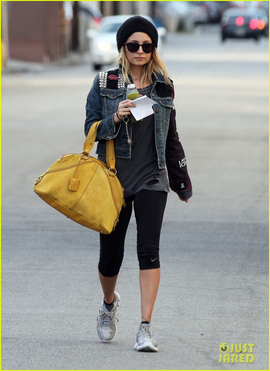 nicole richie christmas shopping harlow sparrow 03