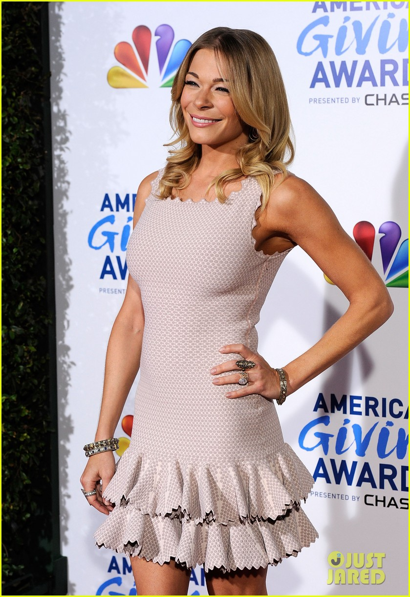 leann rimes american giving awards 08