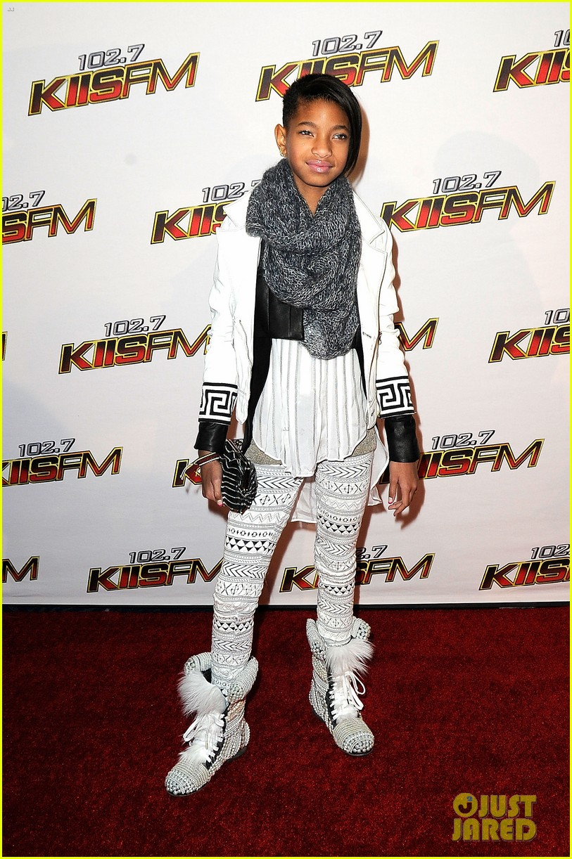 willow smith debut album release date 08