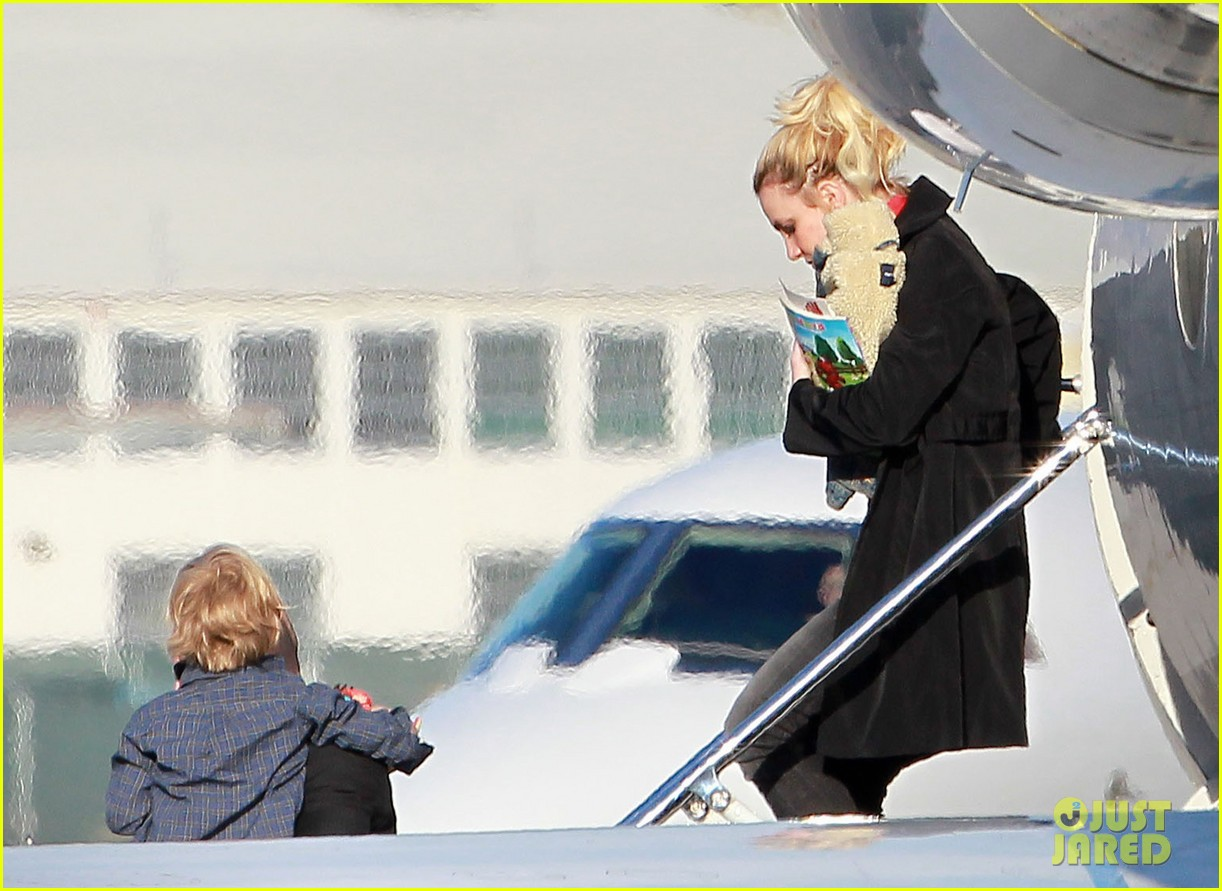 britney spears jason trawick family landing 05