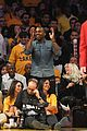 kanye west lakers game with lil wayne 03