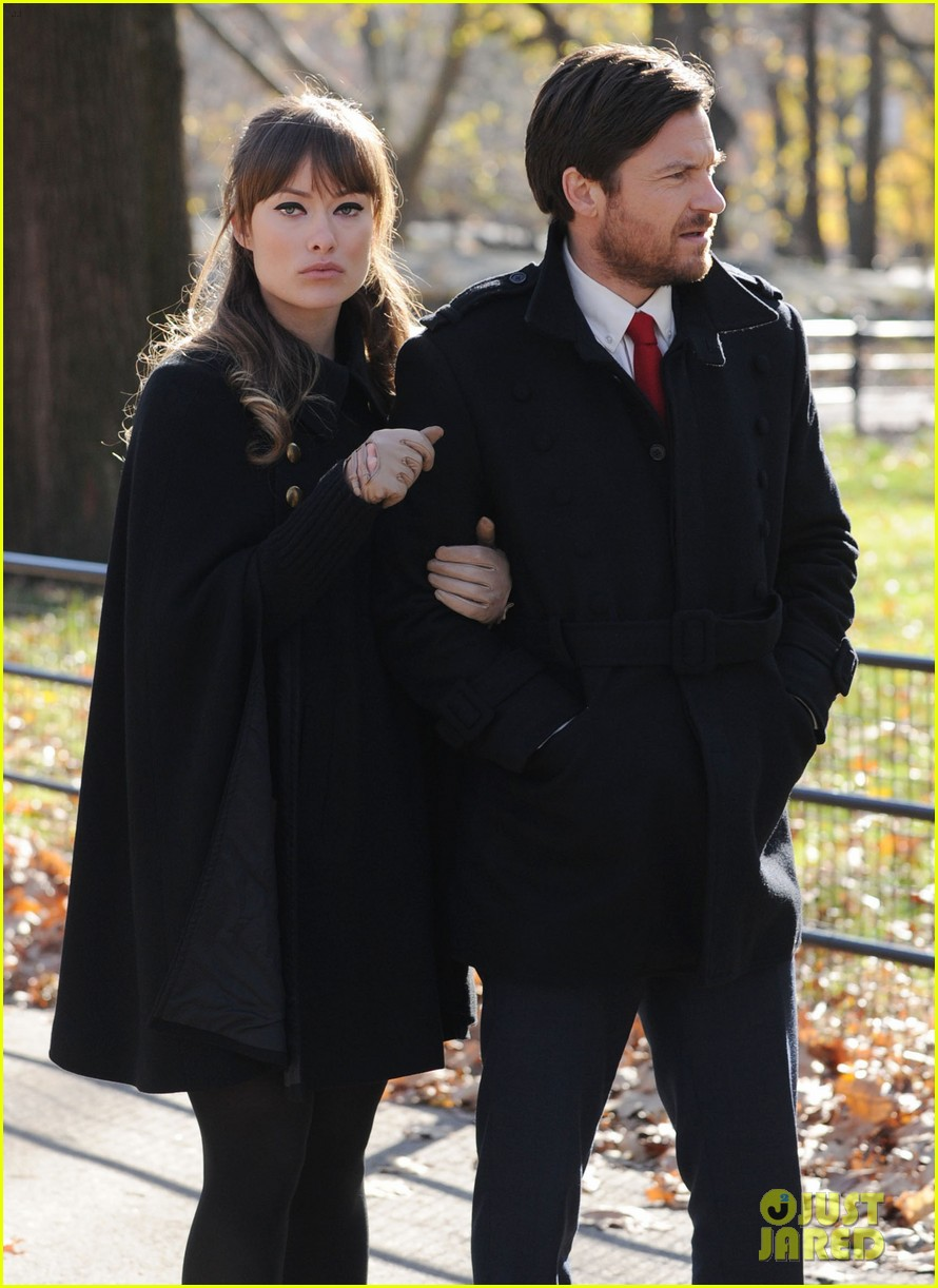 olivia wilde jason bateman longest week kiss in central park 092605746