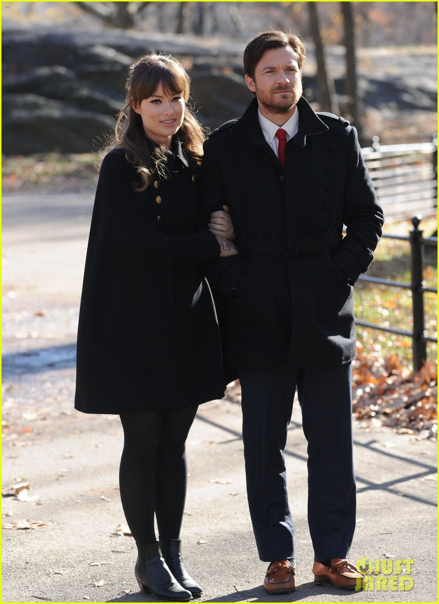 olivia wilde jason bateman longest week kiss in central park 10