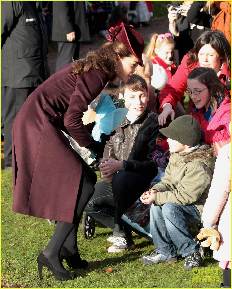prince william kate christmas day service 05