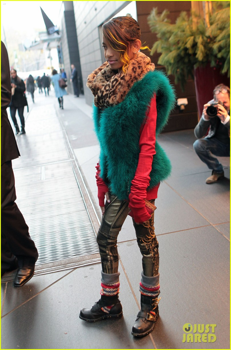 willow smith colorful nyc 03