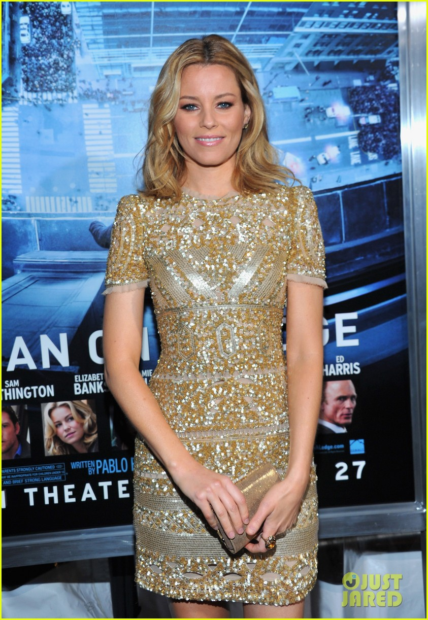 elizabeth banks sam worthington man cliff premiere 08