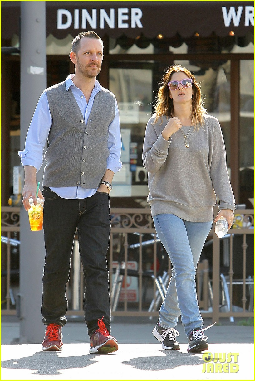 drew barrymore friend starbucks 17