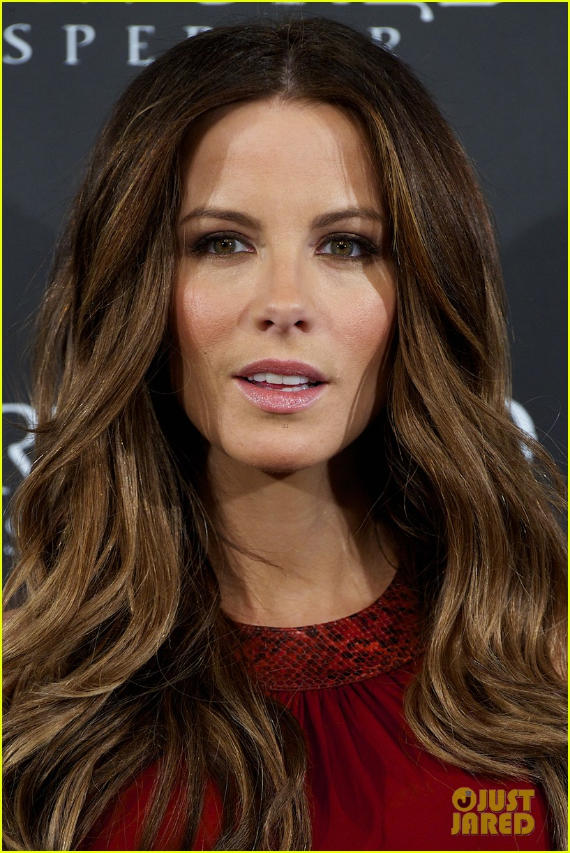 kate beckinsale underworld awakening madrid photocall 06