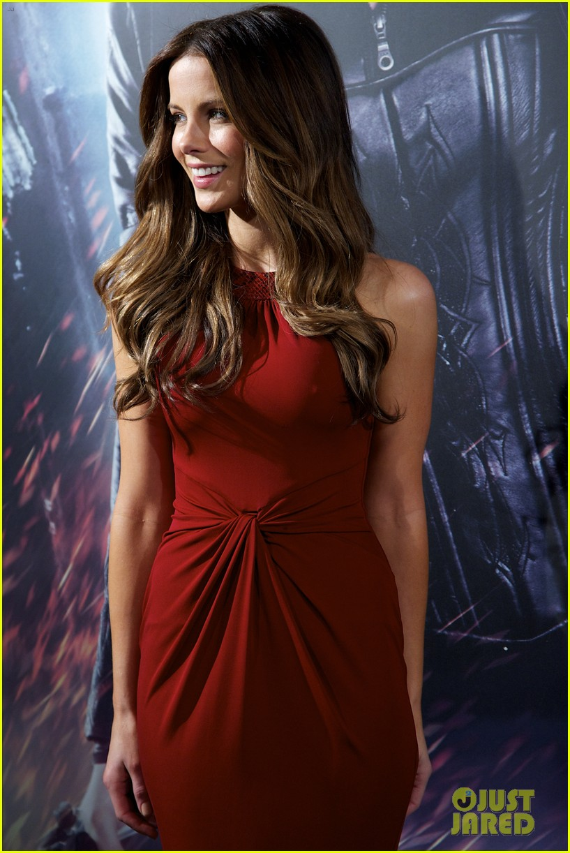 kate beckinsale underworld awakening madrid photocall 08