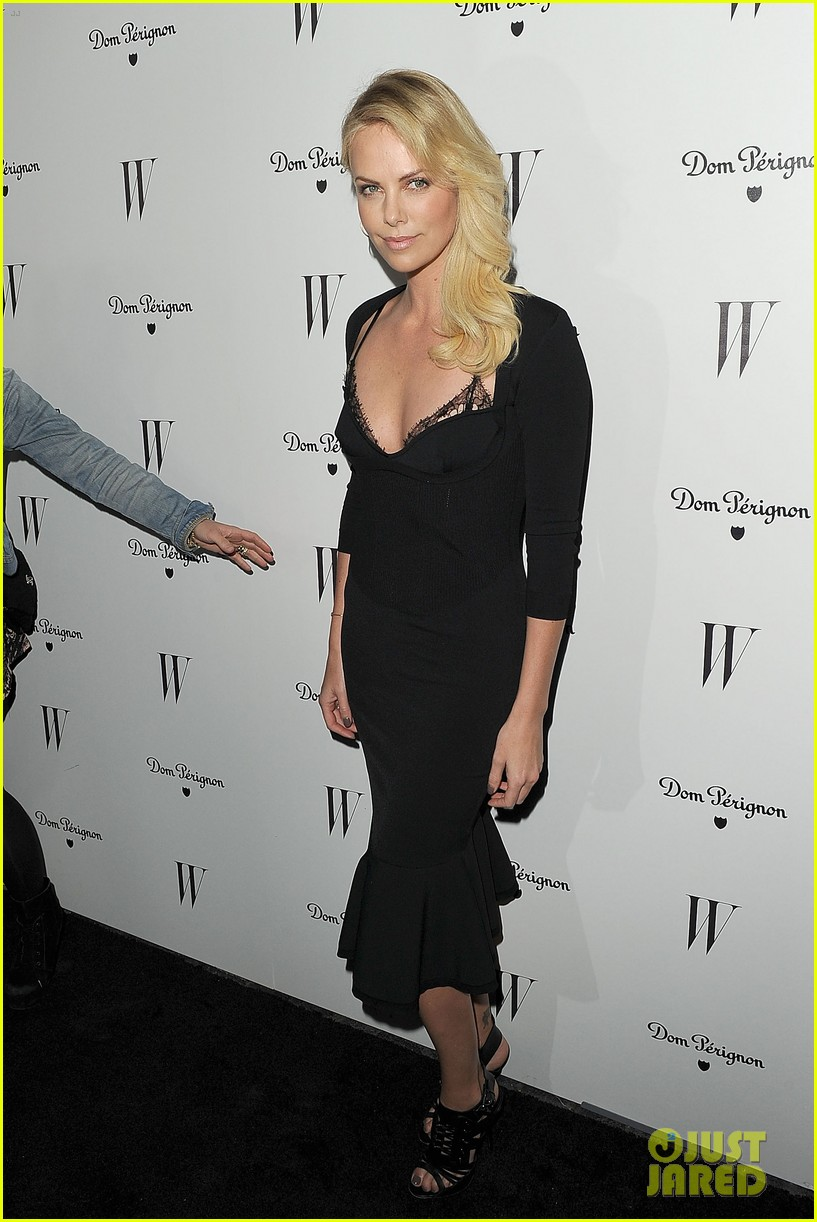 jessica biel charlize theron w mag party 22