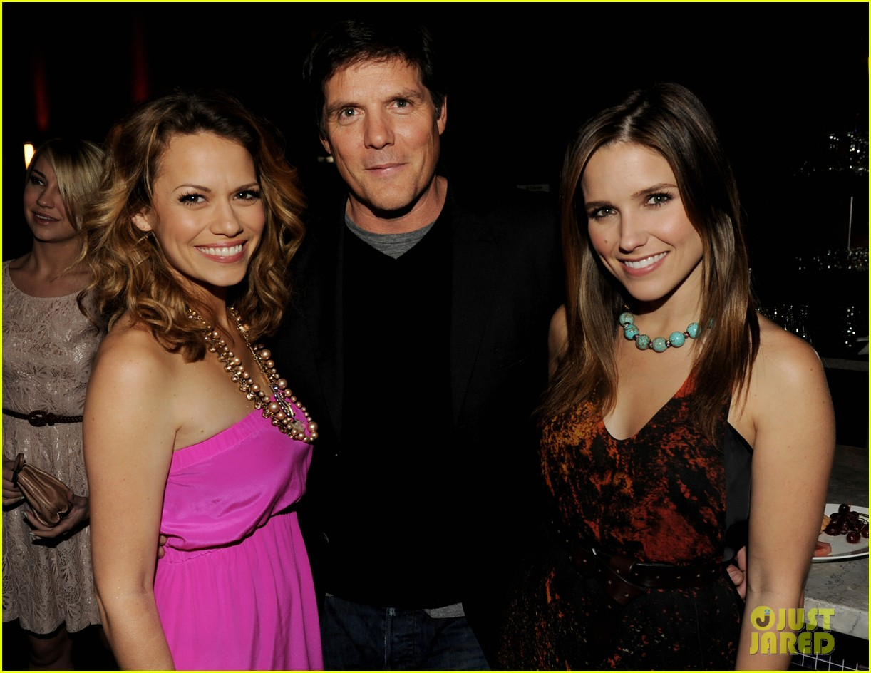 sophia bush evening one tree hill 05