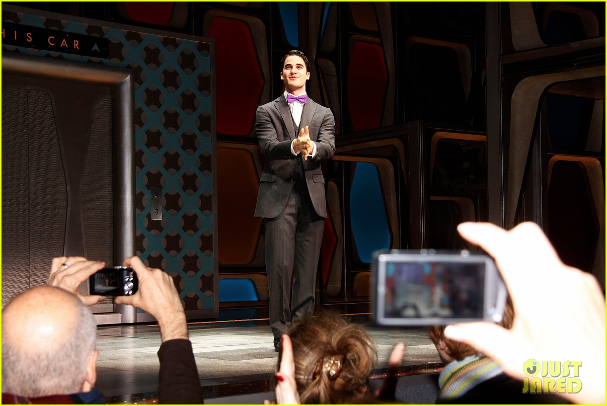 darren criss how succeed debut 022614312