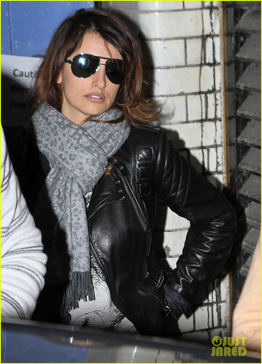 penelope cruz retail therapy in london 07