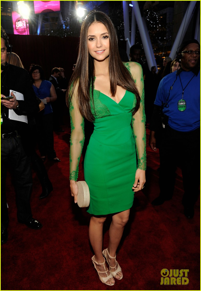 nina dobrev peoples choice 2012 01