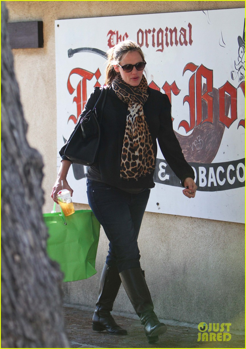 jennifer garner breakfast pals 022615710