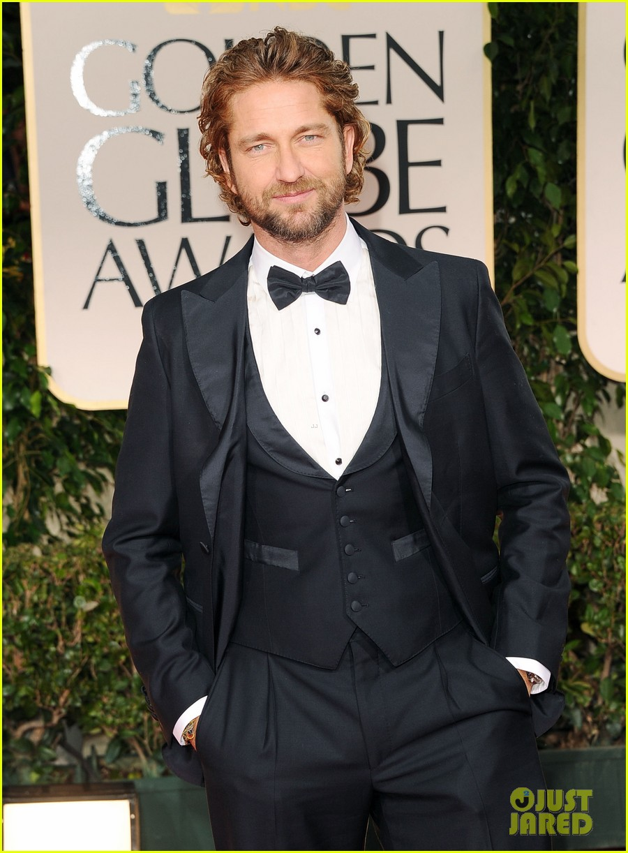 gerard butler golden globes 2012 04
