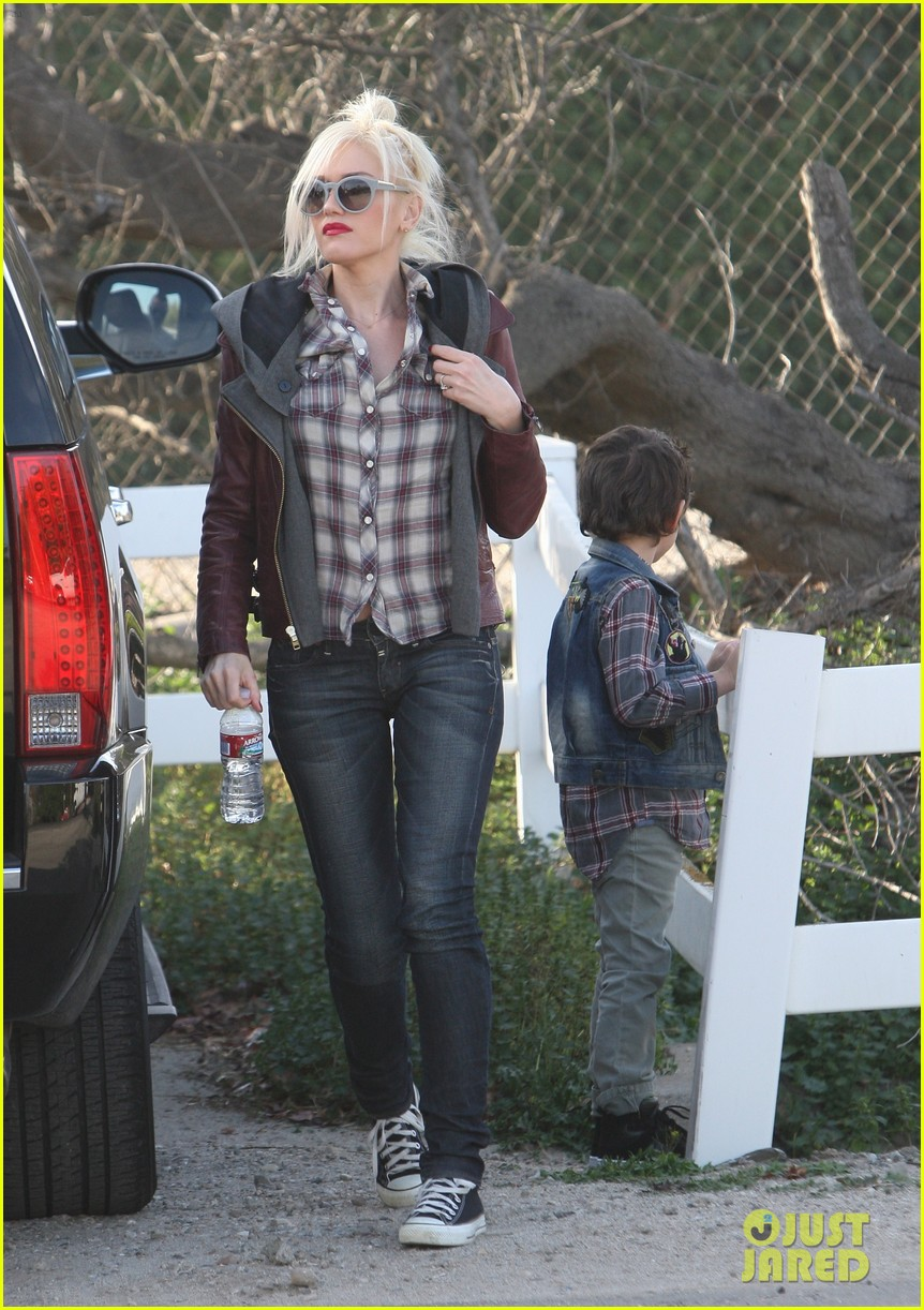 gwen stefani farm 05