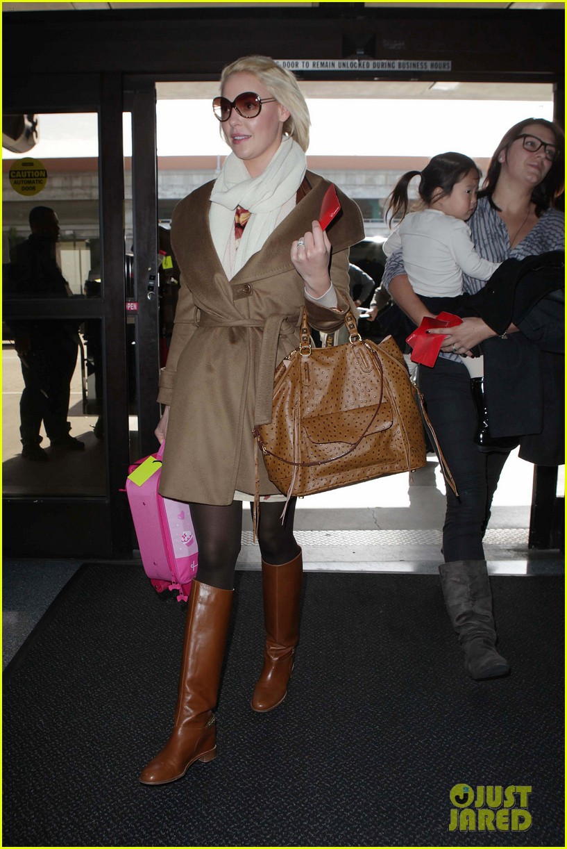 katherine heigl nancy flight lax 08