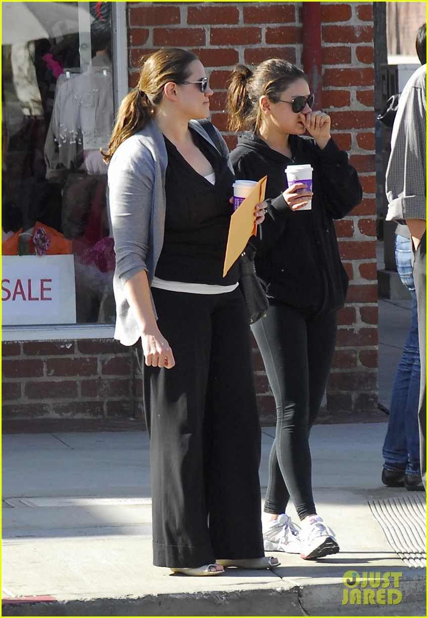 mila kunis coffee bean beverly hills 10