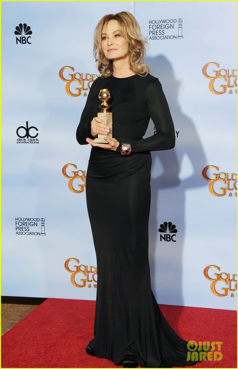 jessica lange connie britton golden globes 2012 red carpet 052618698