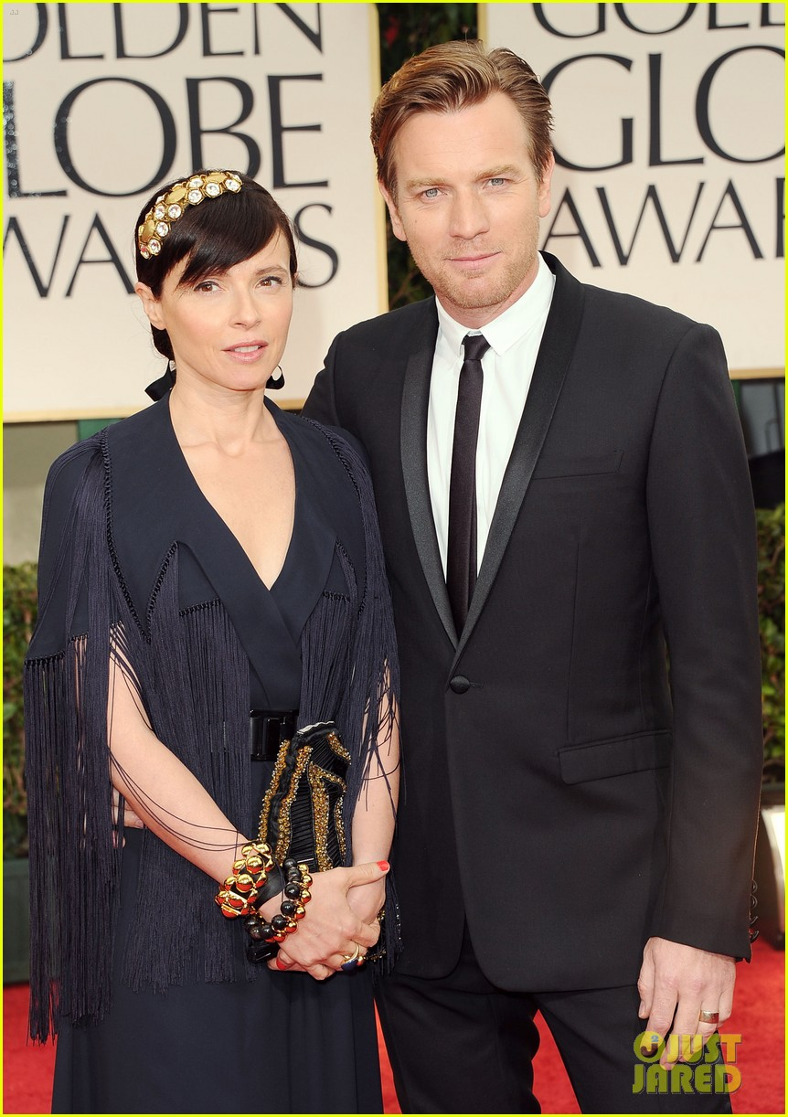 ewan mcgregor 2012 golden globes red carpet 052618430