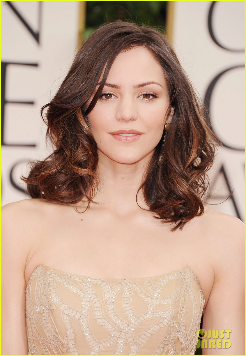 katharine mcphee 2012 golden globes red carpet 08