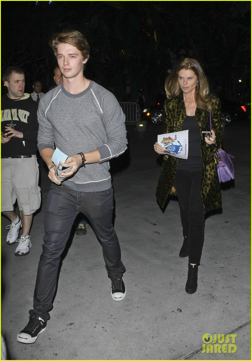 maria shriver patrick schwarzenegger staples center 03