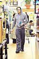 chris pine grocery store toiletries 04