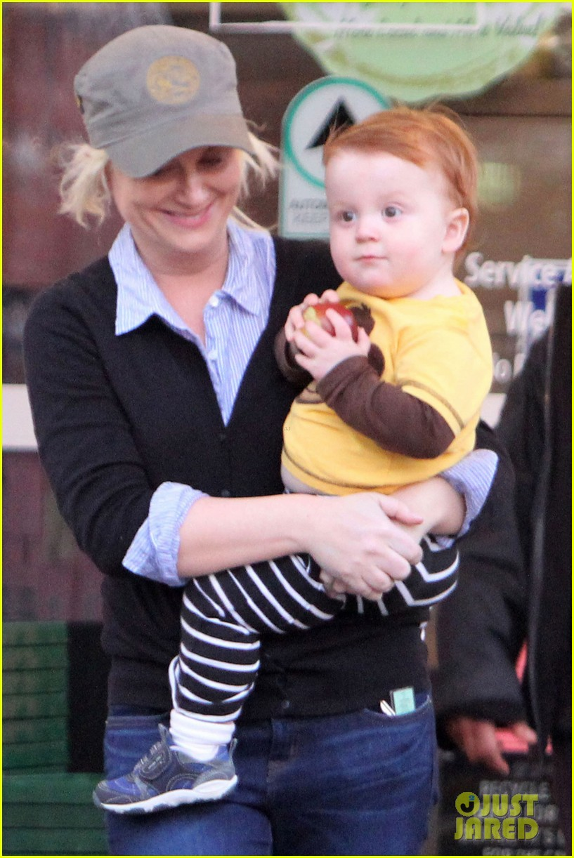 amy poehler abel arnett shopping 02