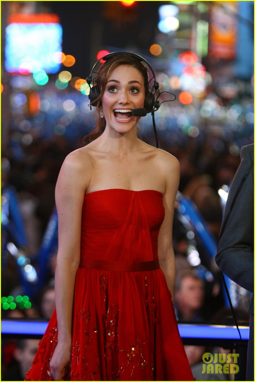 emmy rossum new years eve 02