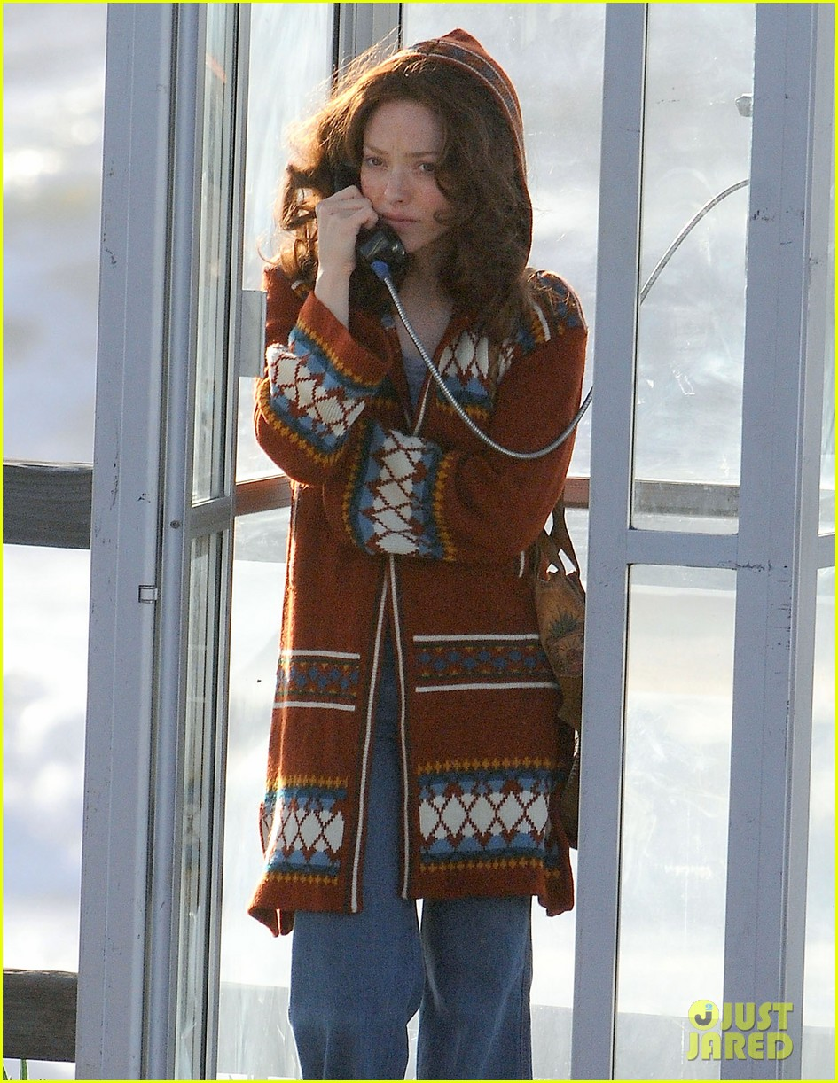 amanda seyfried films in phone booth 02