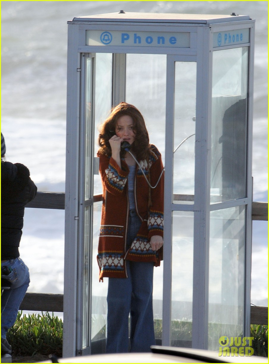 amanda seyfried films in phone booth 14