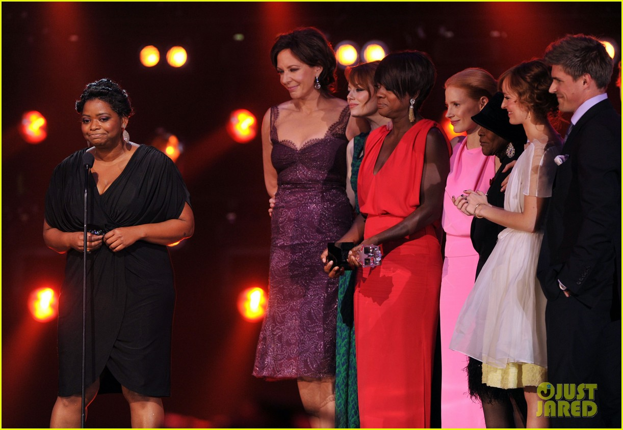 emma stone 2012 critics choice awards 02