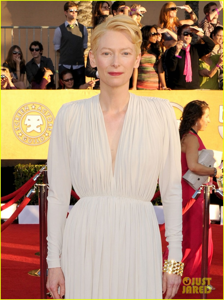 tilda swinton sag awards 2012 03