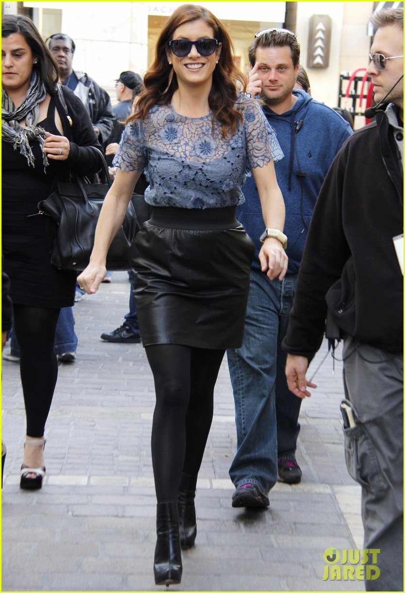 kate walsh extra at the grove 05