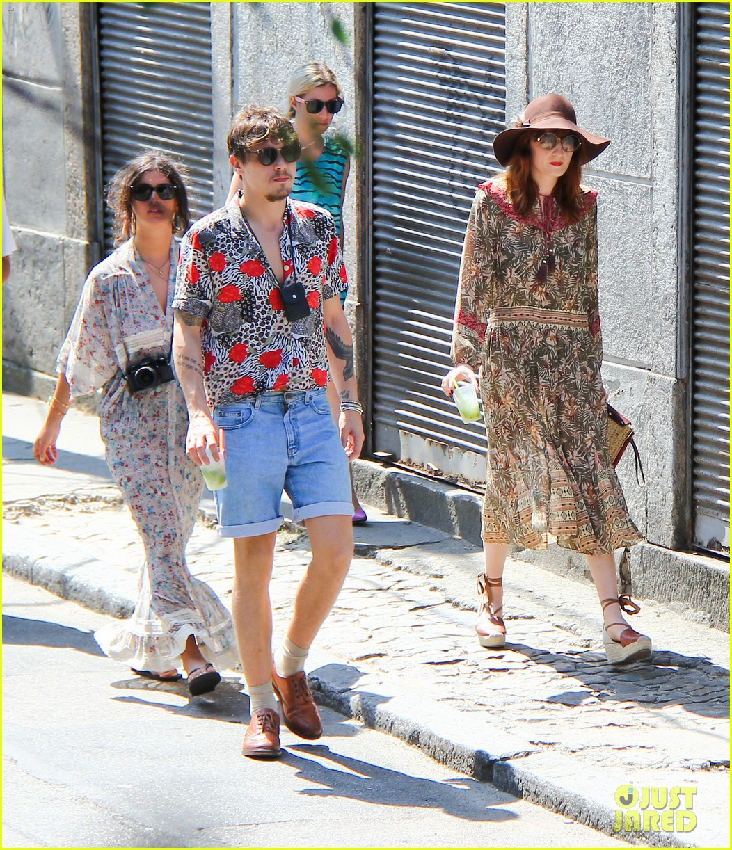 florence welch hits the beach with new boyfriend 352620143