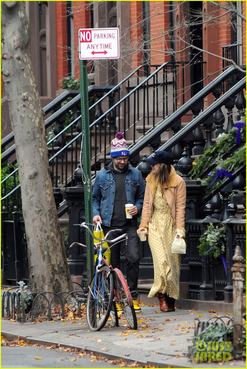 olivia wilde jason sudeikis afternoon take out 062614153