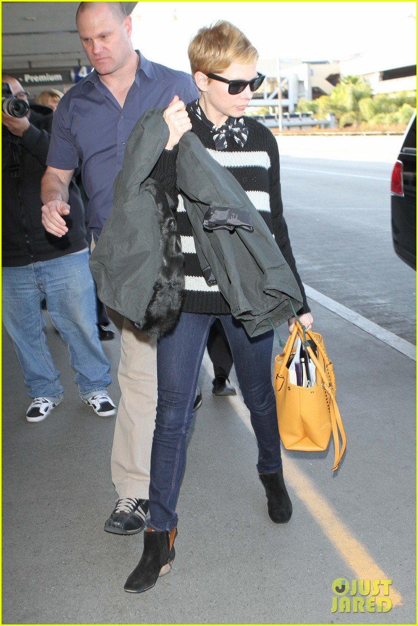 michelle williams striped sweater lax 062619060