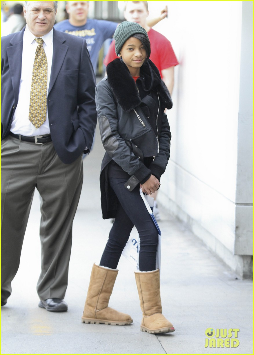 willow smith beanie n boots 06