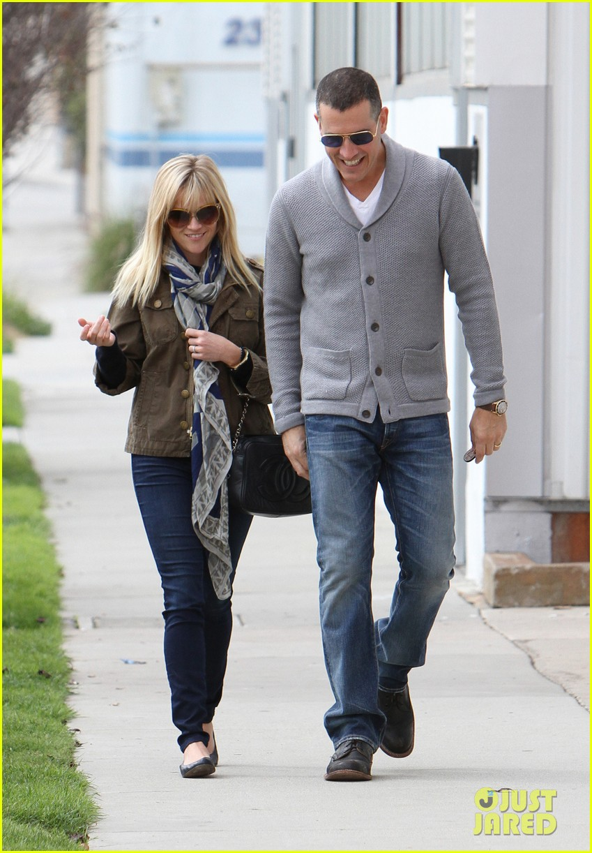 reese witherspoon jim toth sunday church 03