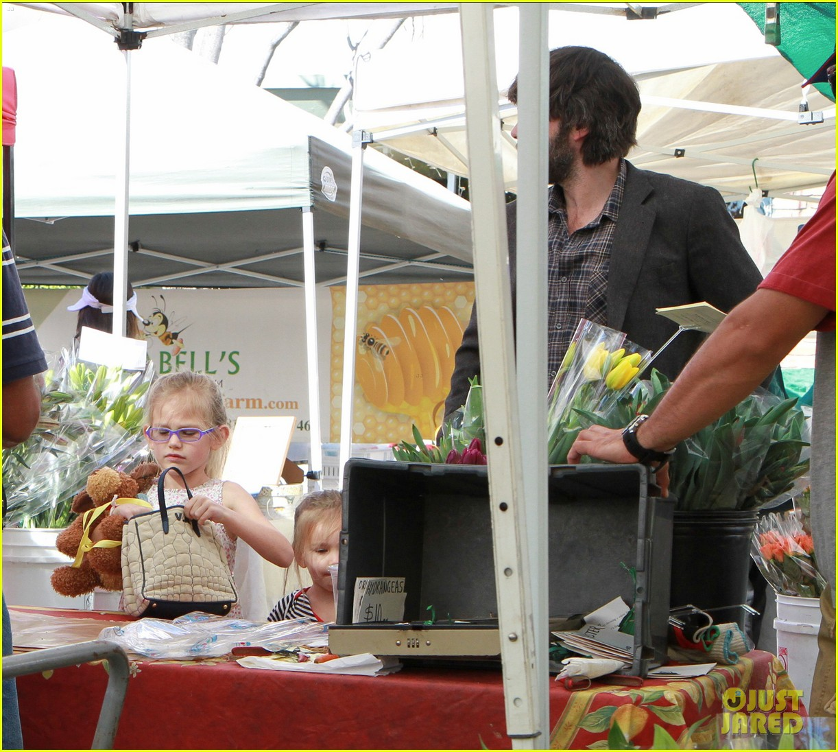 ben affleck daughters farmers market 022625812