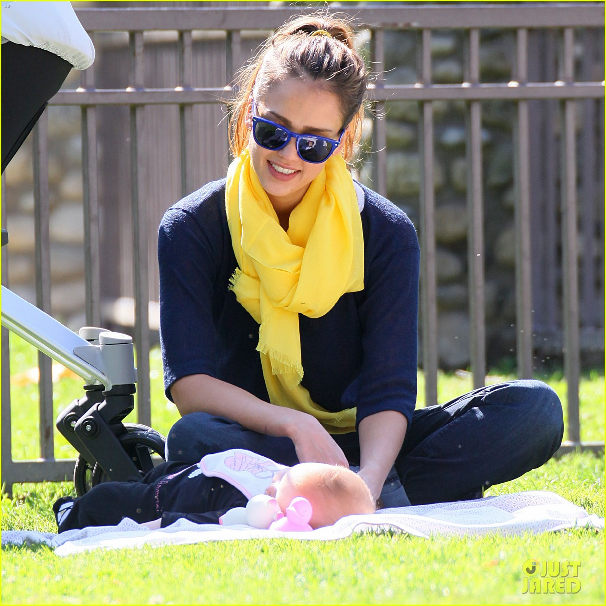 jessica alba honor haven park 202630543
